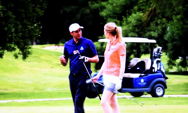 女性とゴルフをプレーするときの注意点とは